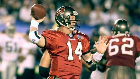 QB Brad Johnson (2001 Buccaneers)