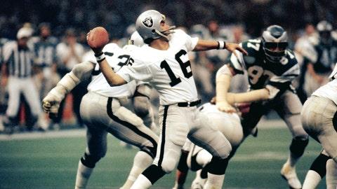 Jim Plunkett, Super Bowl XV (1981)