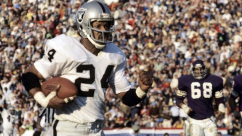 Super Bowl XI: Willie Brown scores on a 75-yard interception