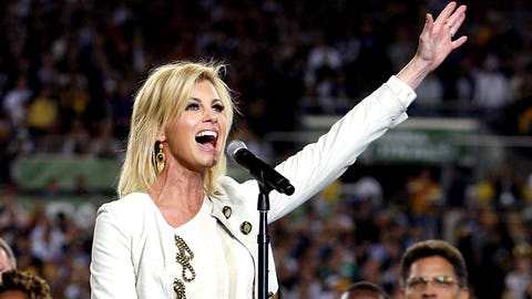 Tennessee Titans: Faith Hill