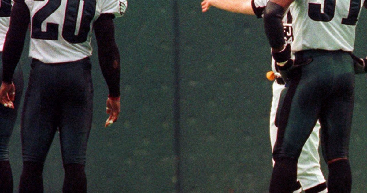 TBT: Michael Irvin's career ended against Eagles -- and