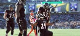 Ravens' Forsett scores, leaves game with ankle injury