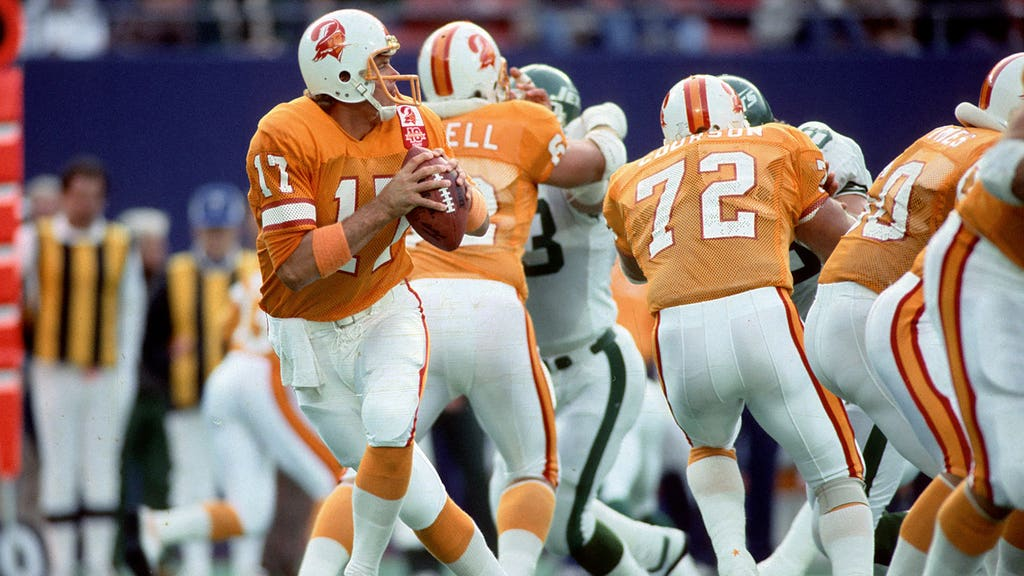 Ranking the NFL's greatest throwback jerseys | FOX Sports