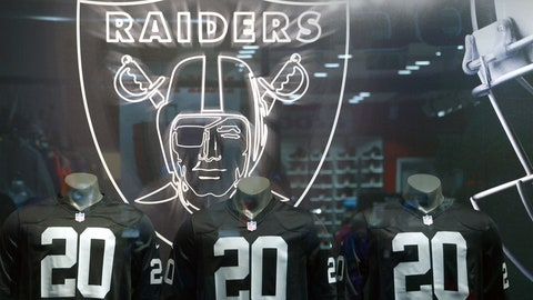 Oakland Raiders: Moved from Oakland to L.A. in 1982 and back to Oakland in 1995