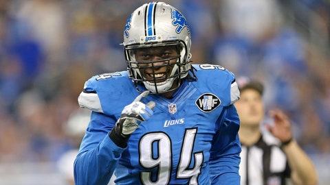 Detroit defensive end Ezekiel Ansah