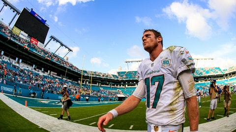 Miami Dolphins (6-10): D-
