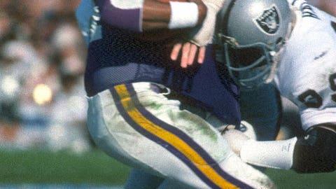 Super Bowl XI: Oakland 32, Minnesota 14