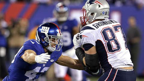 3. Gronk sets career-high with 76-yard TD