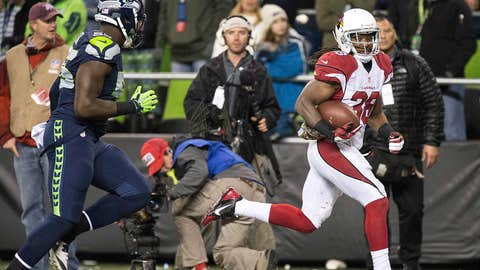 5. Andre Ellington runs down the Seahawks