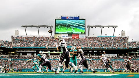 Game 16: Dolphins 20, Patriots 10