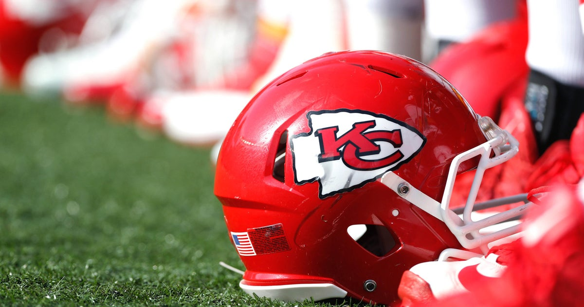 6eb3c913b Chiefs plan to market team in St. Louis following Rams move
