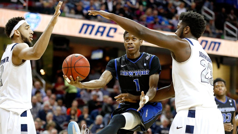 Buffalo wins second straight MAC title with last-second three