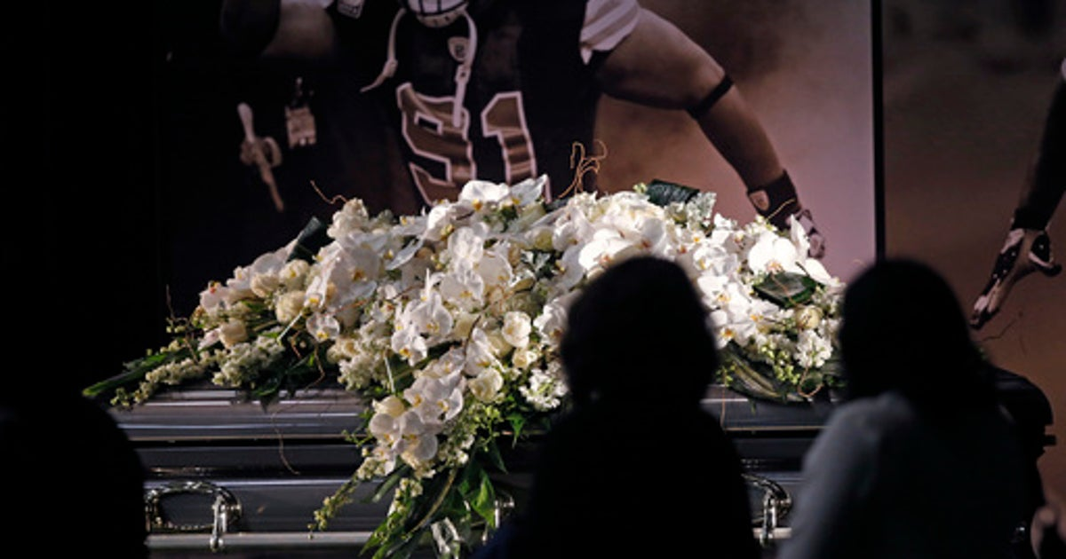 Wearing Saints Black And Gold Fans Of Will Smith Pay Homage Fox