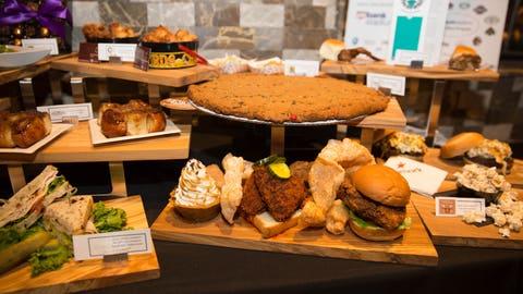 Food options that highlight the Minneapolis-St. Paul community's cuisine