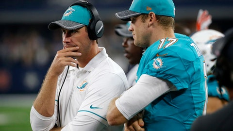 Dolphins (+10.5) vs. SEAHAWKS [Over/under: 44]