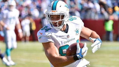Cleveland Browns at Miami Dolphins, 1 p.m. CBS (707)