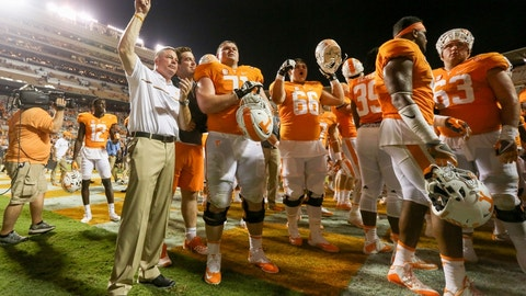 No. 15 Tennessee 28, Ohio 19