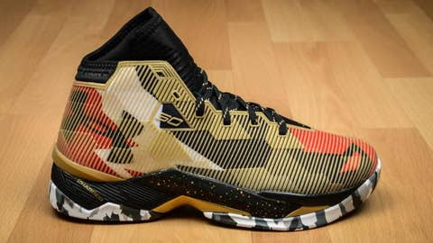 """Worst: Curry 2.5 """"Heavy Metal"""""""