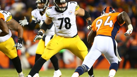#7 - Alejandro Villanueva - Pittsburgh Steelers