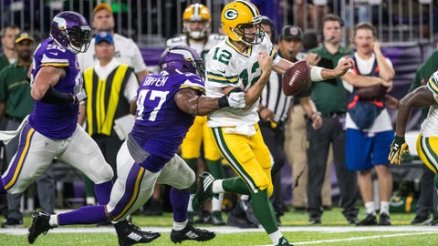 The Los Angeles Rams and Green Bay Packers offenses