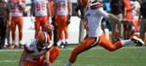 Cleveland Browns to sign kicker as injuries continue to mount