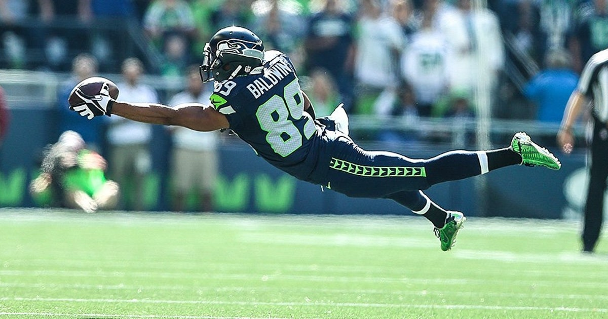 Seahawks Wr Doug Baldwin Lays Out To Make Spectacular One