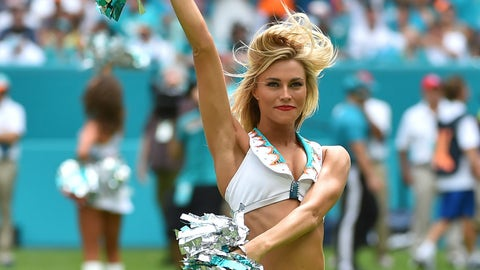 NFL cheerleaders in pictures -- Week 3
