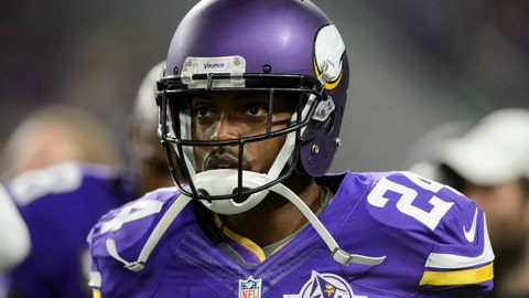 Vikings CB talks some trash while taking down the Panthers