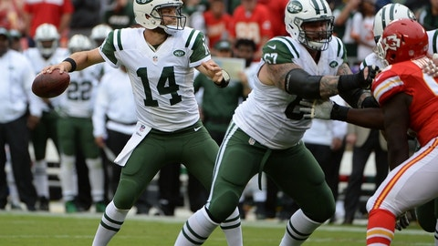 Jets: Limit Ryan Fitzpatrick's pass attempts