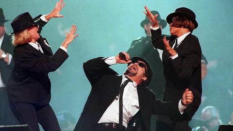 THE BLUES BROTHERS, JAMES BROWN, ZZ TOP (1997)