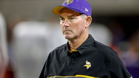 Mike Zimmer rips his offensive line
