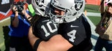 Carr throws for 4 TDs, Raiders outlast Bucs 30-24 in OT