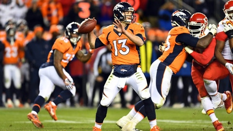 Broncos going after former UH quarterback Case Keenum