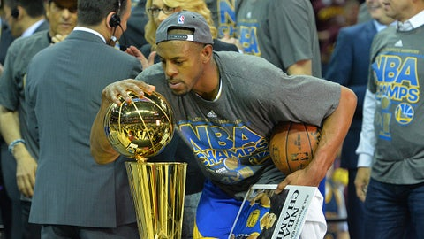 Andre Iguodala moves into the starting lineup in Game 4 of the 2015 Finals
