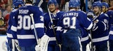 Lightning win 7th straight, end Blackhawks' 12-game streak