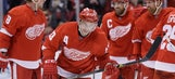 Datsyuk surpasses 900 points as Red Wings top Bruins 6-5
