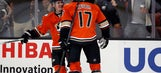 Kesler powers Ducks to 5th straight win, 5-2 over Flames