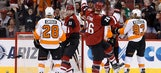 Coyotes slow Flyers' playoff push behind Smith's 34 saves