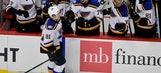 Tarasenko helps Blues top Blackhawks 5-2 in opener