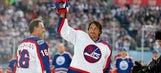 Selanne, Jets top Oilers 6-5 in Heritage Classic alumni game