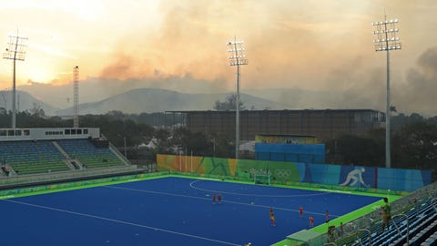 """""""Newspaper mistakes aerial shot of Rio garbage fire for Olympic torch"""""""