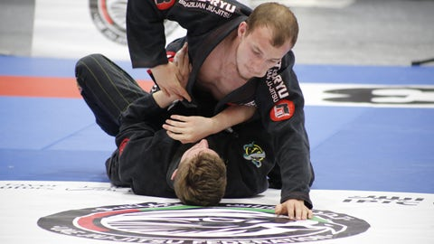 """Moscow denies 'Jiu Jitsu diplomat' disarmed and shot dead robber in Rio"""
