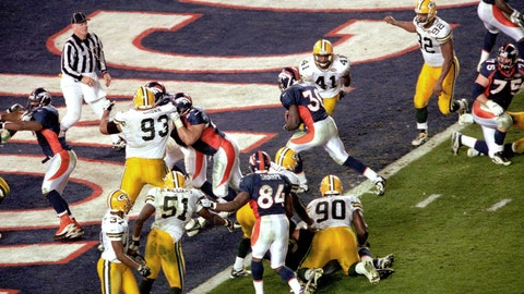 Super Bowl XXXII: Green Bay's defense waves the white flag