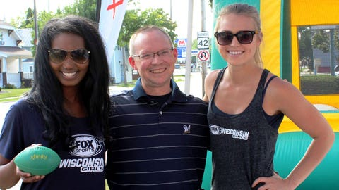 The FOX Sports Wisconsin Girls stopped by the Comcast Open House in Manitowoc.