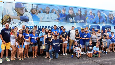 You're not seeing double – the FOX Sports Wisconsin Girls joined fans featured on the FOX Sports Wisconsin Fan Express for a trip to the ballpark.