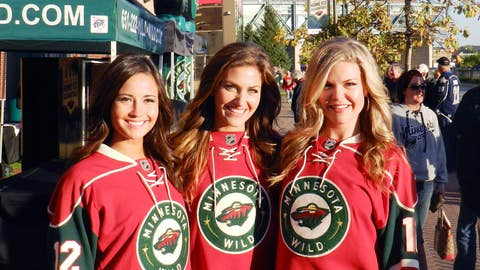 The FOX Sports North Girls celebrated Opening Night at the Pre-Game Rally outside Xcel Energy Center.