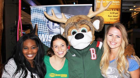 The most popular deer in Wisconsin stopped by the party & joined the FOX Sports Wisconsin Girls for a quick pic.