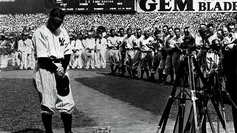 Lou Gehrig & New York Yankee fans