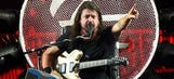 Fenway Park sees Grohl's surgeon sing with Foo Fighters