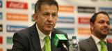Giovani dos Santos, Carlos Vela still can't get into Mexico team as El Tri name roster